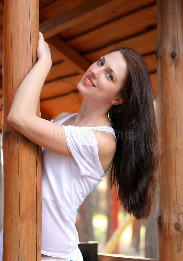 健康美丽的女孩的头发 免版税库存照片