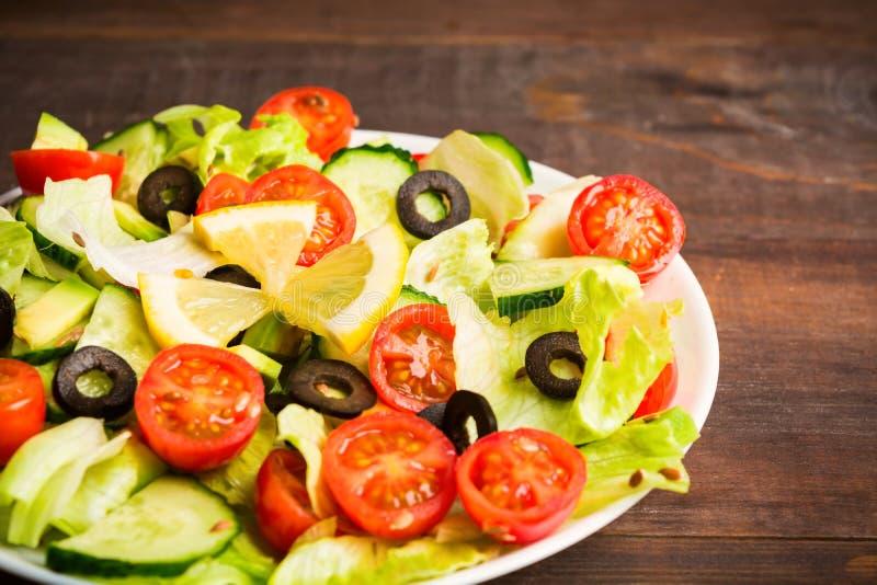 健康菜沙拉接近的看法  图库摄影