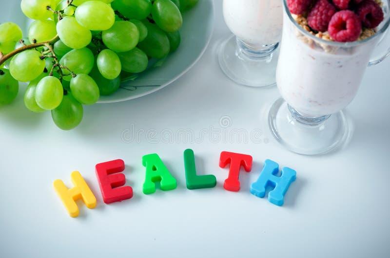 健康词由与磁铁的信件做成 库存照片