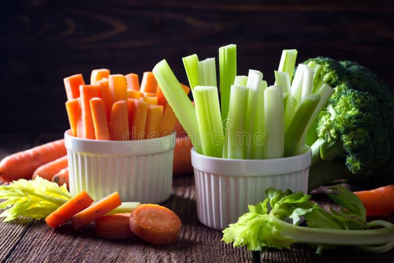健康食品-芹菜和红萝卜 图库摄影