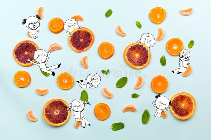 健康食物结果实样式用橙色普通话丁香,绿色m 免版税库存图片