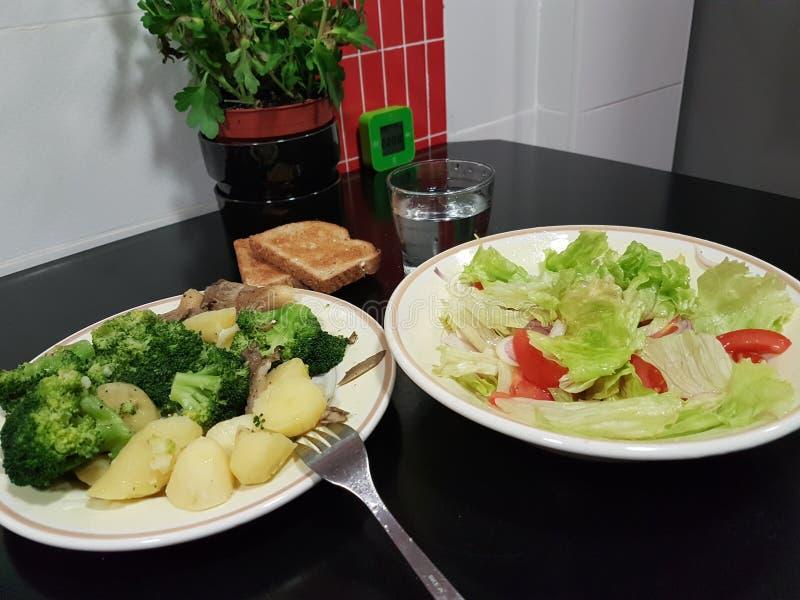 健康食物brocoli沙拉 免版税图库摄影