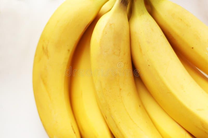 健康黄色戒毒所 新鲜的香蕉 免版税库存照片