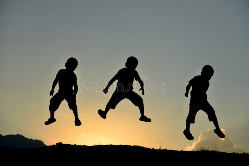 健康,愉快和精力充沛的孩子