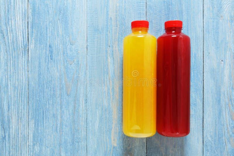 健康素食主义者喝,果子圆滑的人舱内甲板位置 库存图片