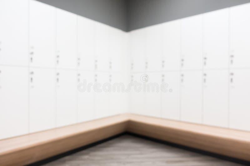 健身和健身房的抽象迷离更衣室 免版税库存照片