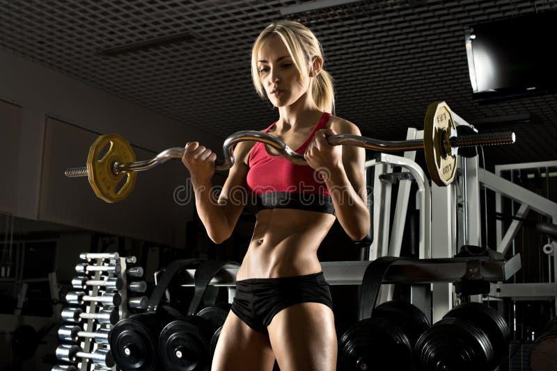 健身女孩在体操方面 免版税库存照片