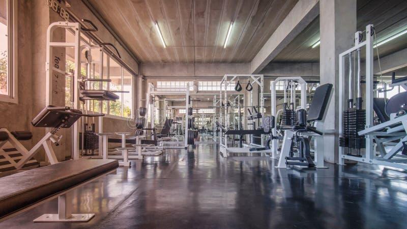 健身房内部  免版税库存图片