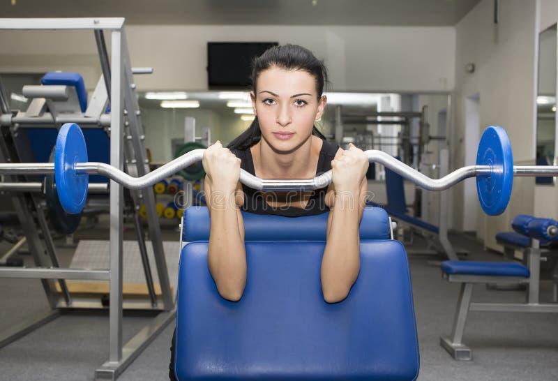 健身房的女孩体育的 免版税库存图片