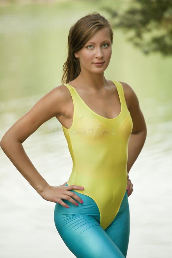 健身纵向妇女 库存照片