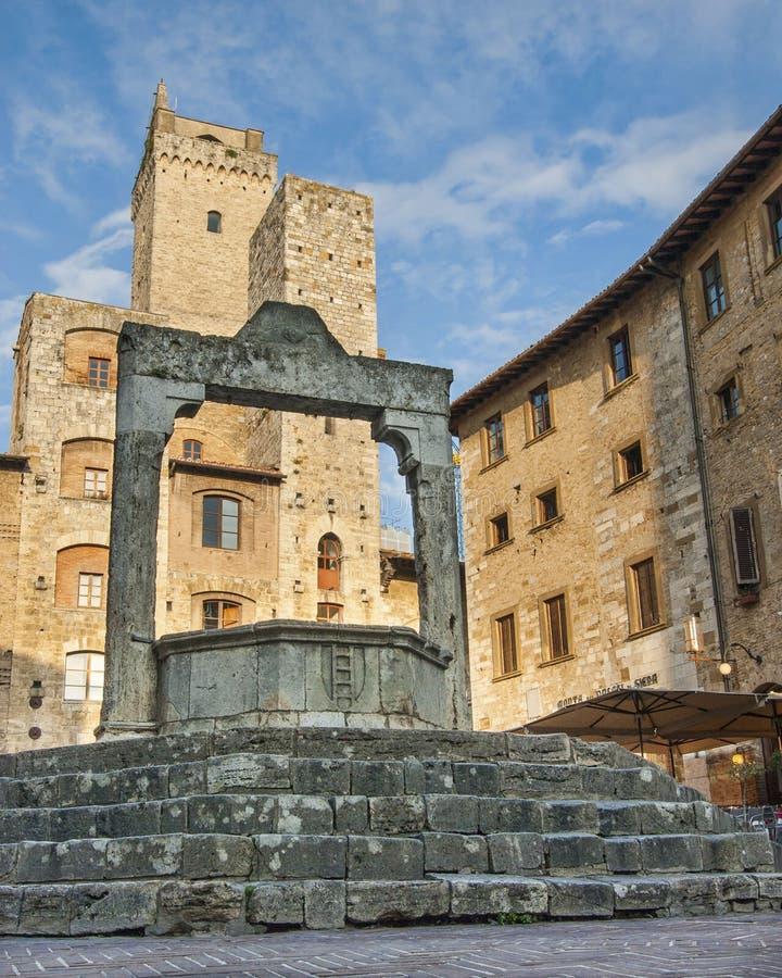 储水池在圣Gimignano意大利 免版税库存照片