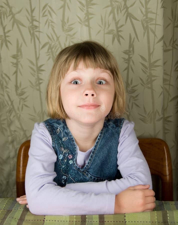 傻表面的女孩使 免版税库存照片