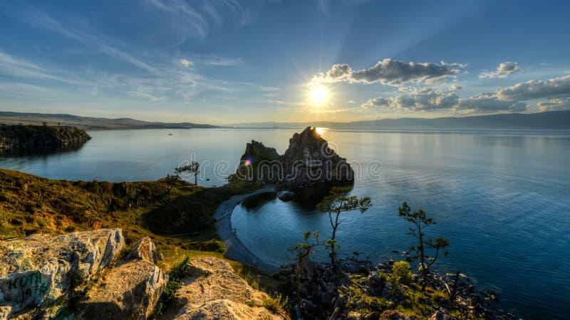 僧人岩石, Olkhon,贝加尔湖,俄罗斯海岛  库存照片