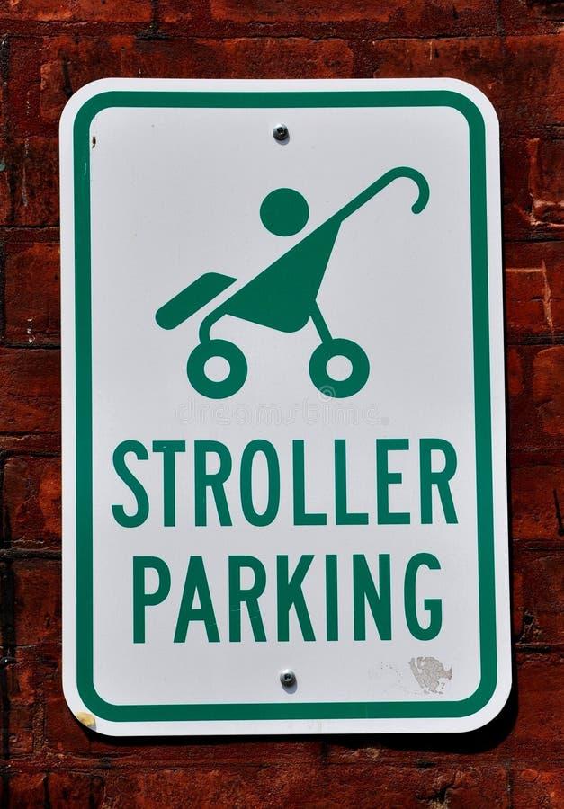 婴儿推车停车处 皇族释放例证