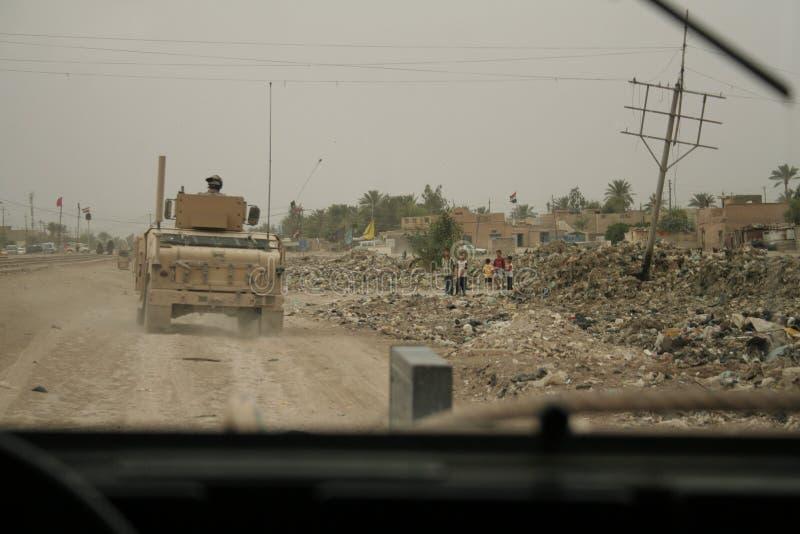 儿童伊拉克战士我们手表 免版税库存图片