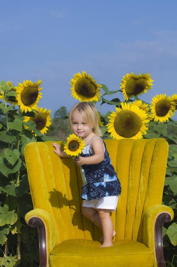 儿童向日葵 免版税库存图片