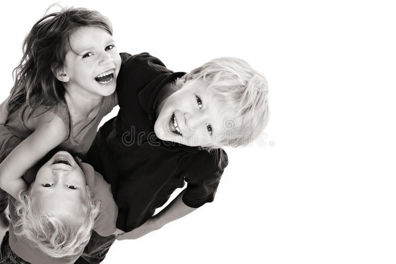 儿童愉快笑的查寻 免版税库存图片