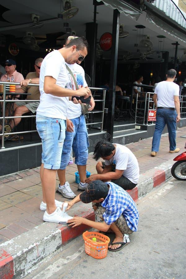 儿童擦皮鞋的人泰国 免版税图库摄影