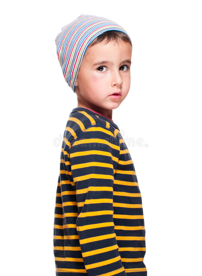 儿童无家可归的孤立的贫寒 免版税库存照片