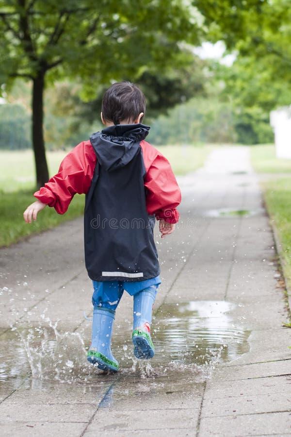 儿童水坑 免版税图库摄影
