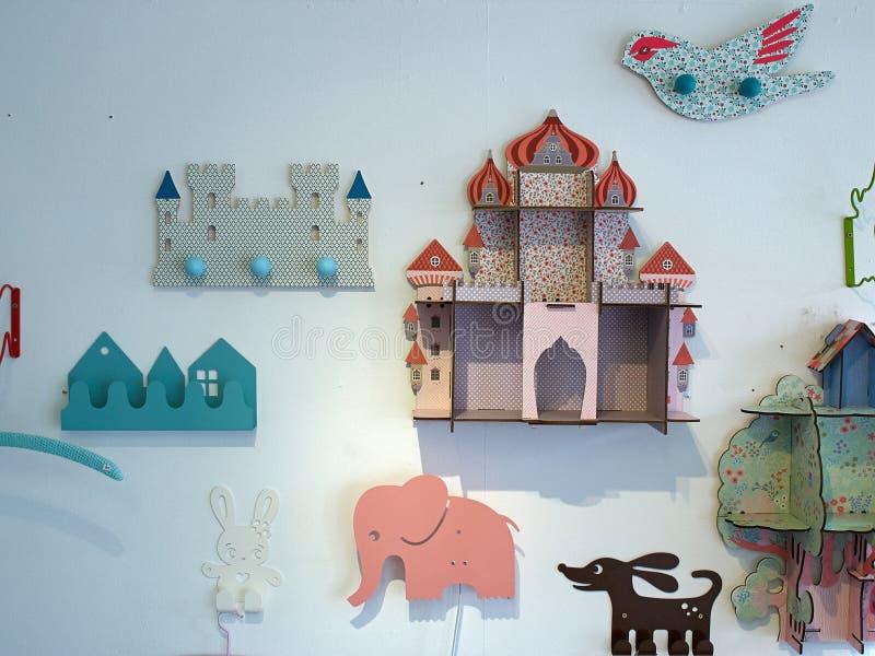 儿童游戏室创造性的墙壁装饰 库存图片