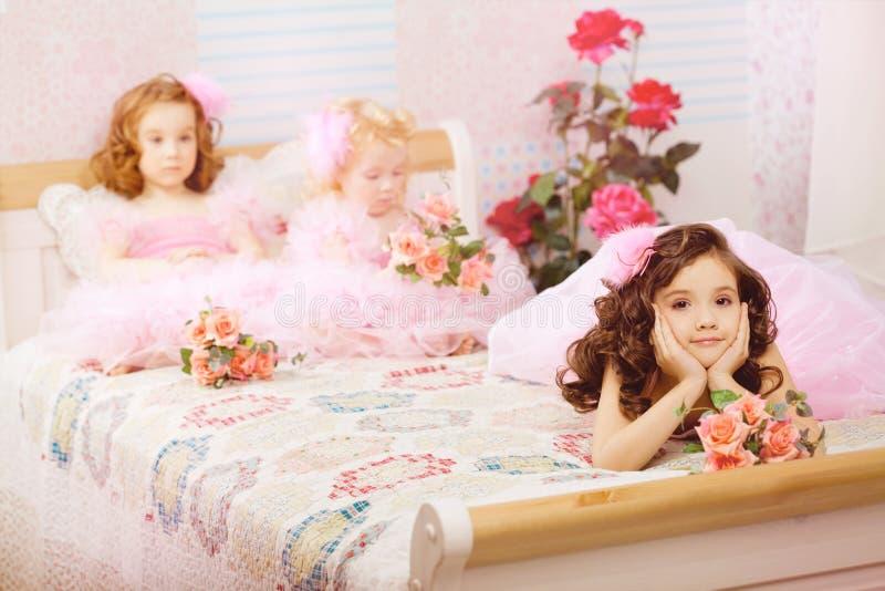 儿童礼服苗圃粉红色 免版税库存照片