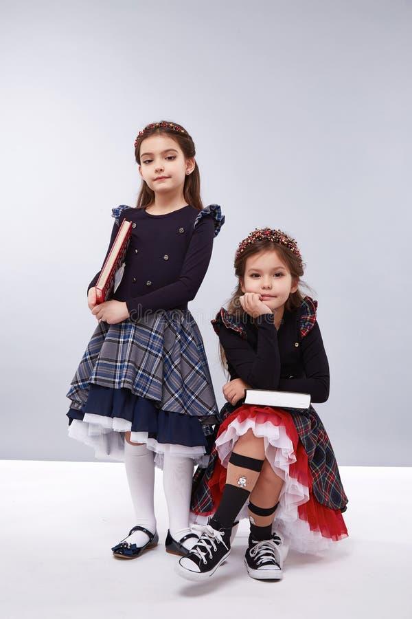 儿童衣裳时尚礼服样式女孩 图库摄影