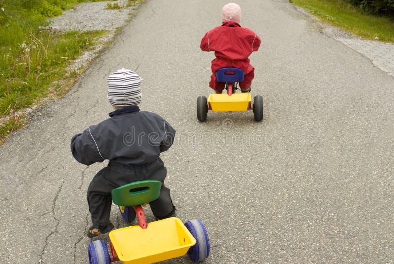 儿童赛跑 免版税库存图片