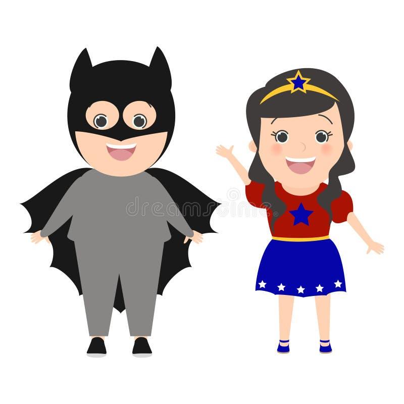 儿童超级英雄 作为蝙蝠侠打扮的男孩 服装一口的女孩 皇族释放例证