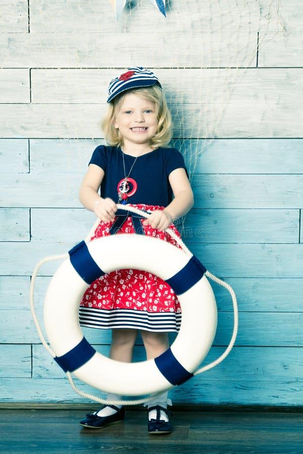 儿童身分和保留一lifebuoy 库存图片