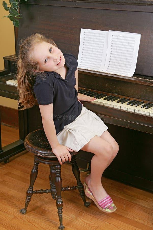 儿童钢琴 免版税库存照片