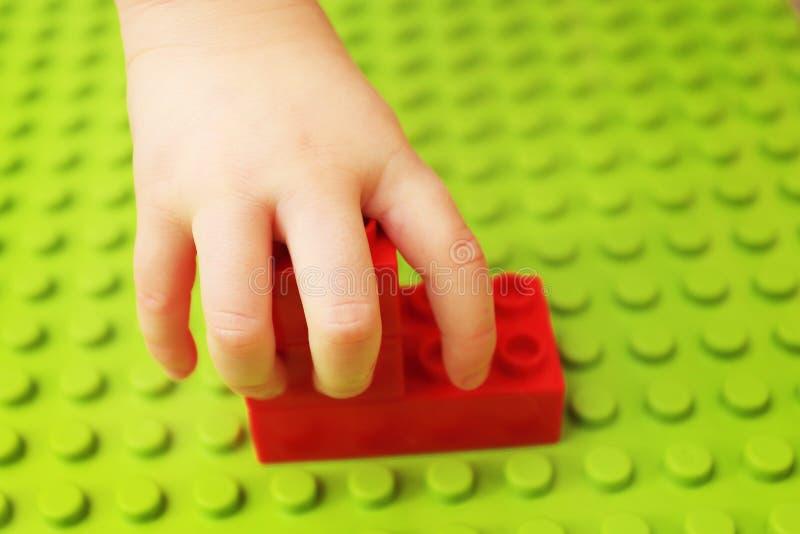 儿童建设者使用 免版税图库摄影