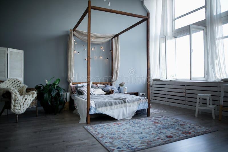 儿童` s室现代室内设计  库存照片