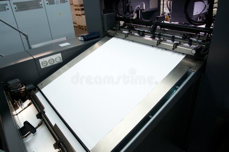 元件机胶版纸新闻打印 库存图片