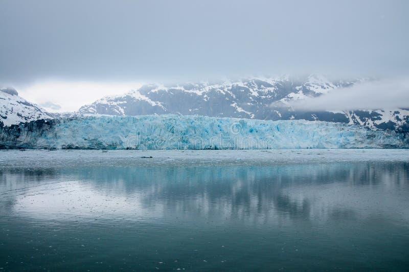 充分哈伯德阿拉斯加冰川 免版税库存照片