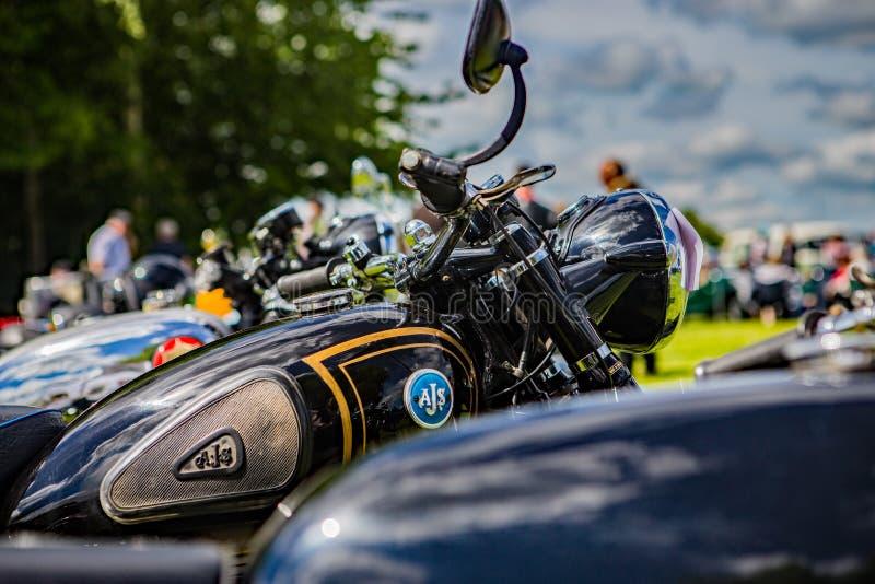 充分地被恢复的AJS摩托车 库存图片