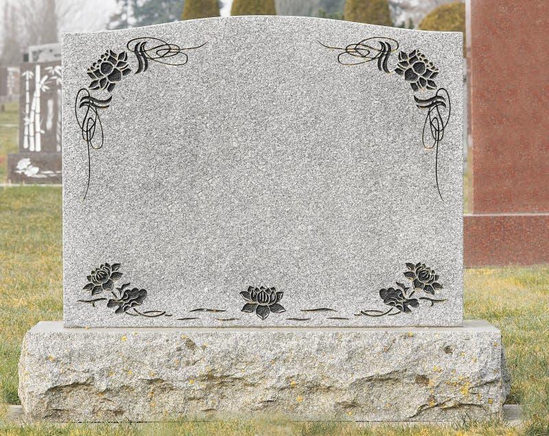 充分大象草的公墓大墓碑 图库摄影