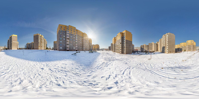 充分的无缝的球状全景360度在高层建筑物区域都市发展小区的角度图  免版税库存照片