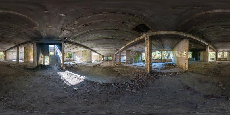 充分的球状无缝的全景360度角度图混凝土结构放弃了未完成的大厦 360?? 免版税库存照片