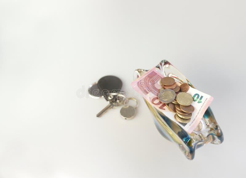 充分花瓶欧元硬币 图库摄影