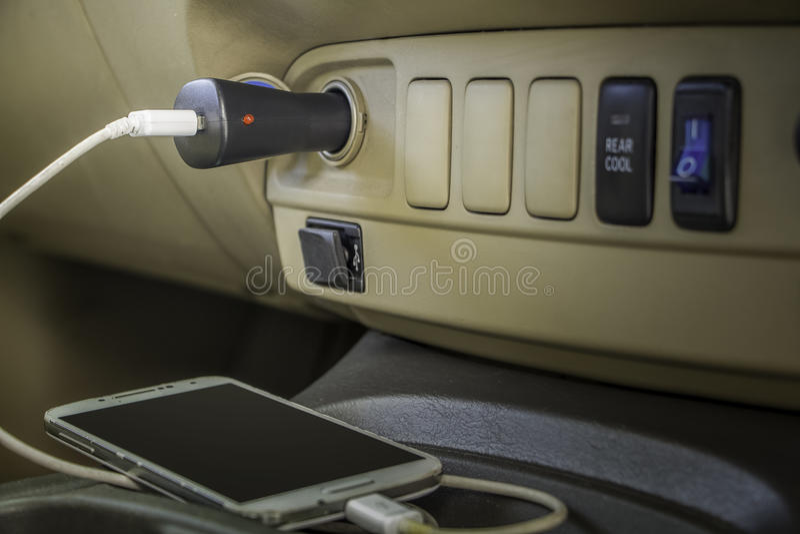 充电器插座电话 库存照片