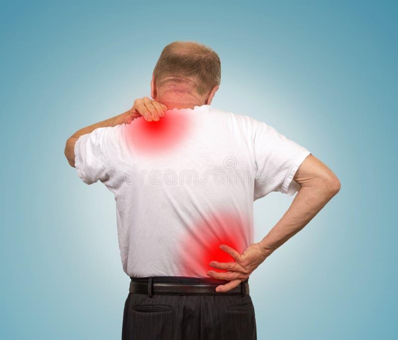 充满更低和上部背部疼痛的老人 图库摄影