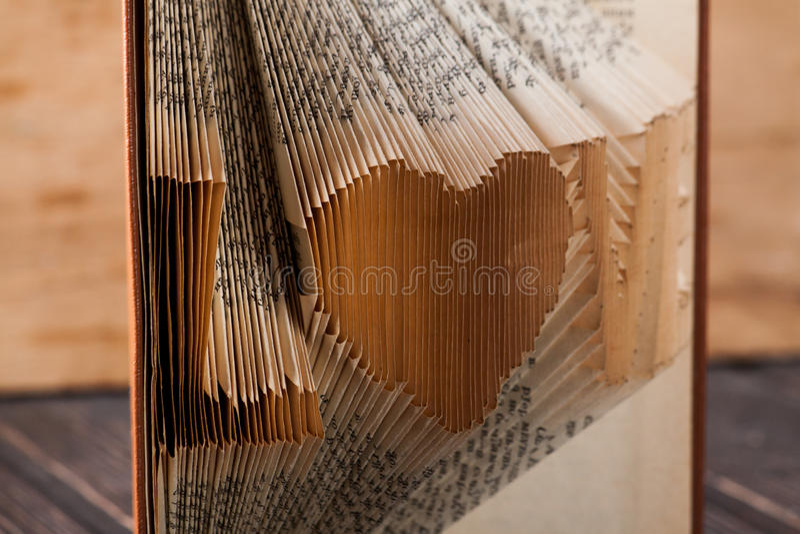充满题字爱的艺术书 库存照片