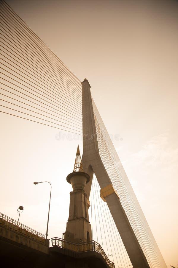 兆桥梁在曼谷(Rama 8桥梁) 库存图片
