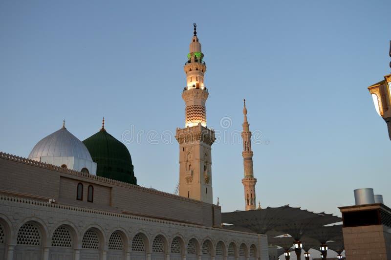 先知穆罕默德清真寺在Madinah AlMasjid An-Nabavi 伟大的伊斯兰教的清真寺在沙地阿拉伯航空阿拉伯半岛中 免版税库存图片