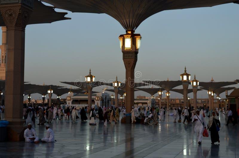 先知穆罕默德清真寺在Madinah AlMasjid An-Nabavi 伟大的伊斯兰教的清真寺在沙地阿拉伯航空阿拉伯半岛中 图库摄影