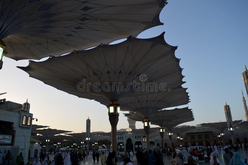 先知穆罕默德清真寺在Madinah AlMasjid An-Nabavi 伟大的伊斯兰教的清真寺在沙地阿拉伯航空阿拉伯半岛中 库存图片