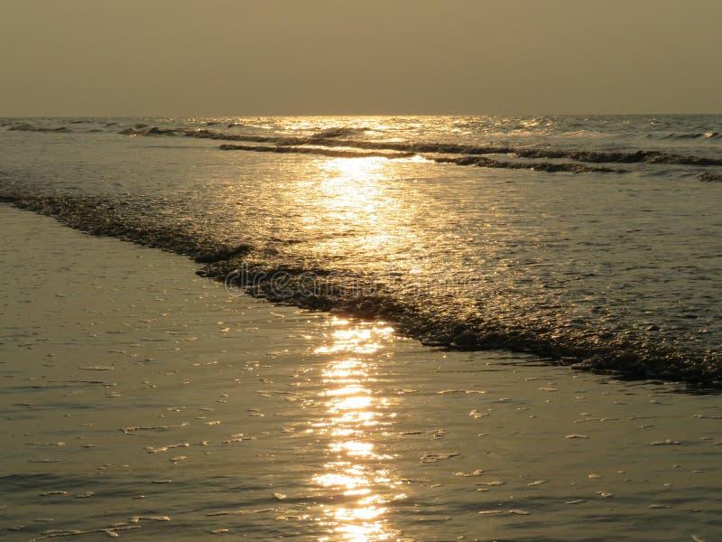 光亮的海水 免版税图库摄影