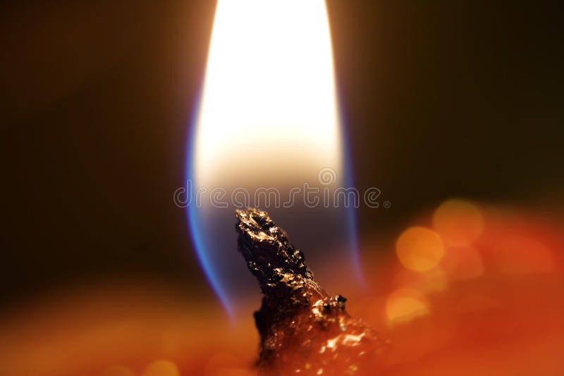 光亮的火焰 免版税库存图片