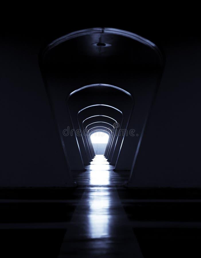光在隧道尽头 库存照片